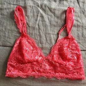 Other - Soft & Flattering Lace Bralette